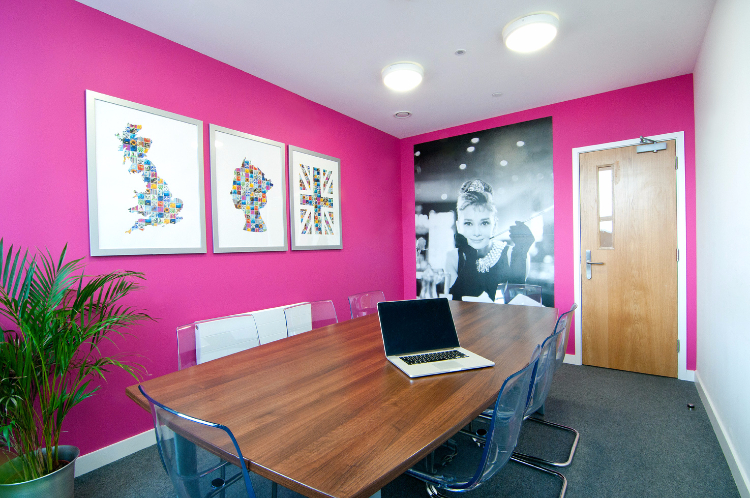 Home by Unilife Meeting Room Serviced Studio Apartments
