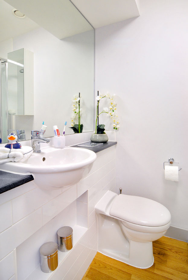 Home by Unilife High Street Serviced Studio Apartments